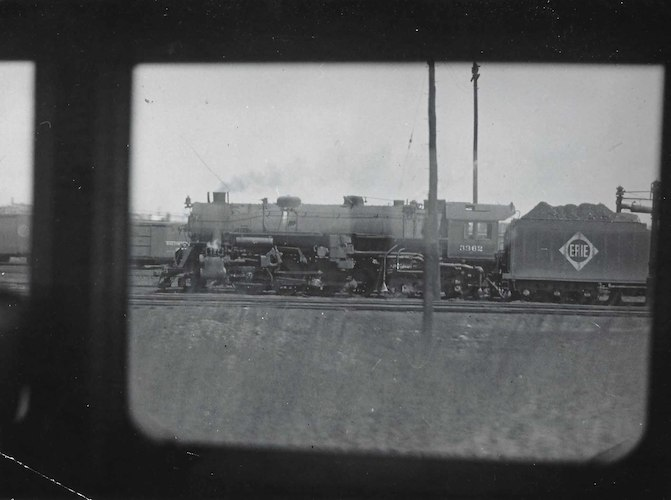 3362 Locomotive from Erie Railroad photographed from the inside of a Train