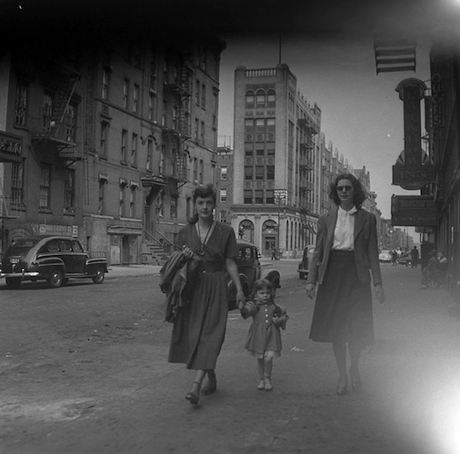 Beulah Marx with her daughter Maggie, Second Avenue, N.Y.