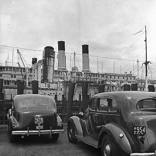 Cars at the Waterfront I