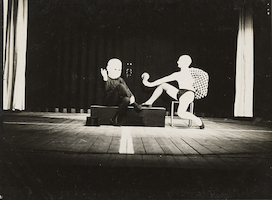 Bauhaus stage: Dance group Lou Scheper with babymask and Werner Siedhoff [or: Oskar Schlemmer] (Improvisation)